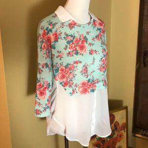 DEB sz MEDIUM Floral Sweater/Button Front $68 NEW